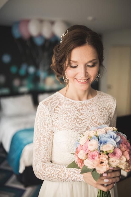 Невеста Виолетта в платье «Руфина» (Миламира)