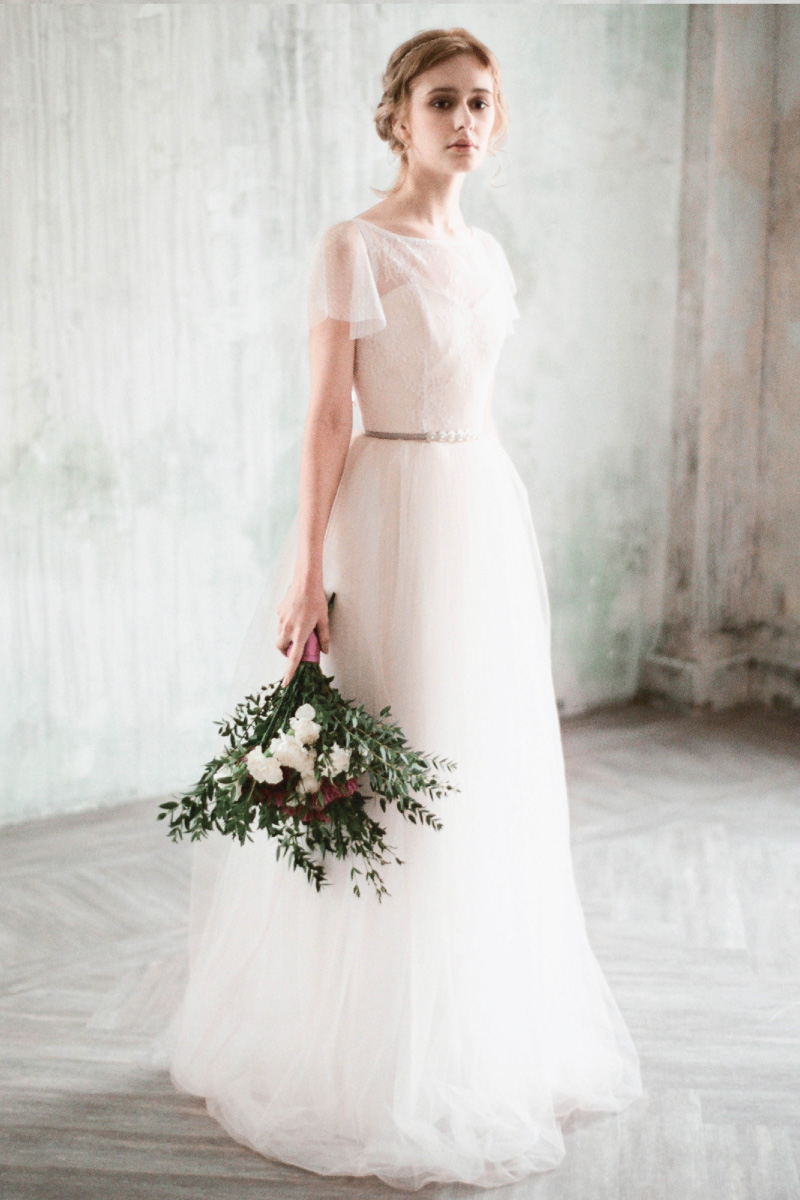 svadebnoe-plate-milamira-amur-2