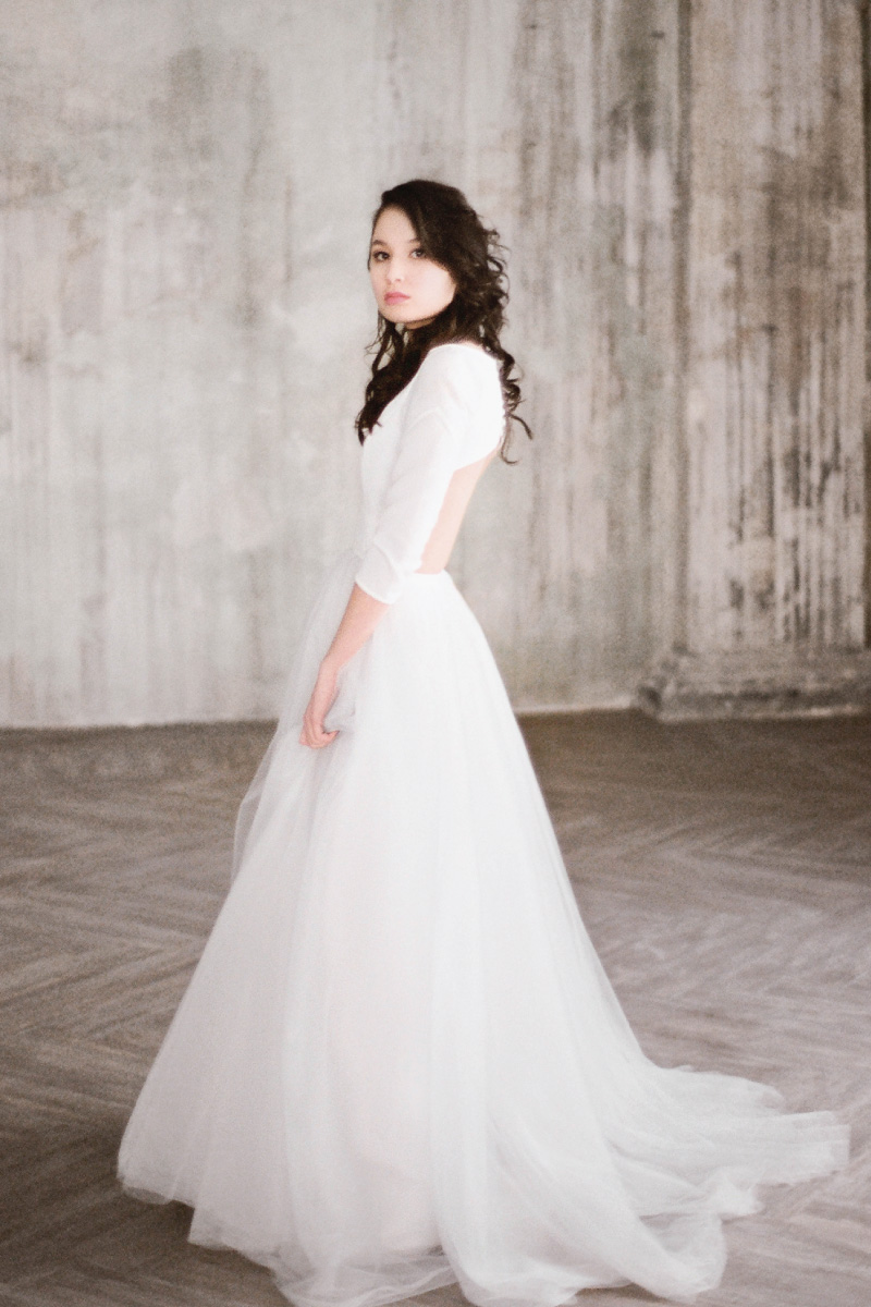 svadebnoe-plate-milamira-istra-1